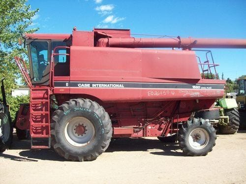 Used 1990 Case IH 1680 Combine Parts