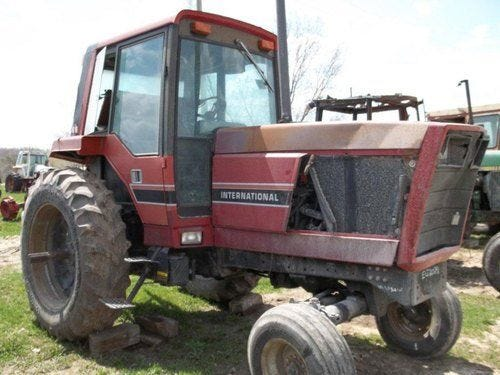 Used International 3288 Tractor Parts
