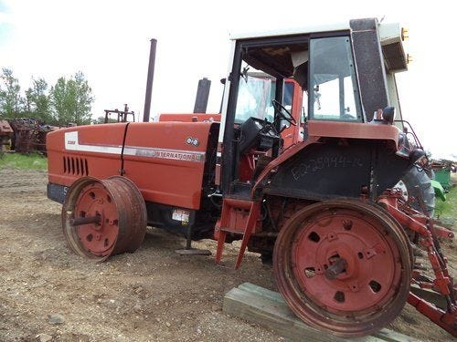 Used International 3388 Tractor Parts