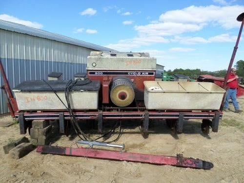 Used International 800 Planter Parts