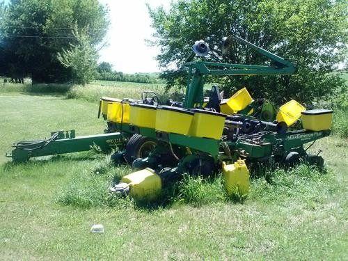 Used 1996 John Deere 1760 Planter Parts