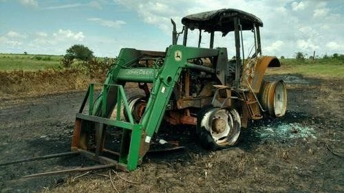 Used 2002 John Deere 6420 Tractor Parts
