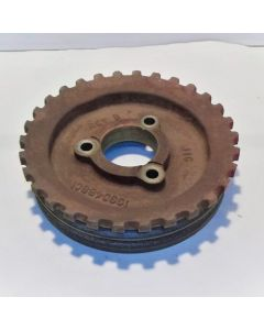 433309 | Auxillary Pump Drive Pulley | Case IH 1640 1644 1660 1666 1680 1688 2144 2166 2188 2344 2366 2377 2388 2577 2588 |  | 1330488C1