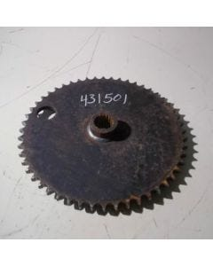 431501 | Final Drive Sprocket | John Deere 570 575 | New Holland L451 L452 L454 L455 |  | MG608386 | 608386 | 80608386 | 157096109