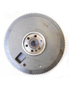 437265 | Flywheel with Ring Gear | New Holland L140 L150 L465 LS140 LS150 LX465 LX485 SL40B |  | SBA115357580 | M550KT2