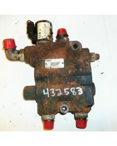 432583 | Hydraulic Control Valve | Self Leveling | New Holland L220 |  | 84326482