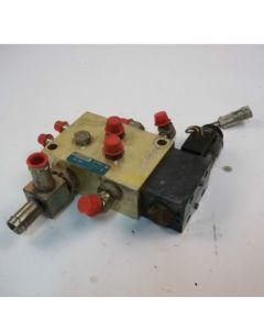 432249   Hydraulic Control Valve   John Deere 325 328      KV25564