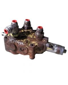431438 | Hydraulic Control Valve | New Holland L35 L775 L778 L779 L781 L783 L784 L785 |  | 9618015