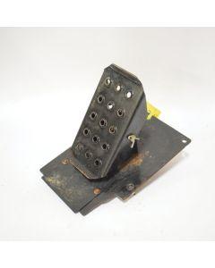 433622 | Pedal Bracket Assembly - RH | John Deere 318D 318E 319D 319E 320D 320E 323D 323E 324E |  | AT395399