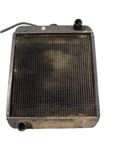 300136 | Radiator | John Deere 8875 | New Holland L865 LS180 LX865 LX885 |  | MG86534243 | 86534243